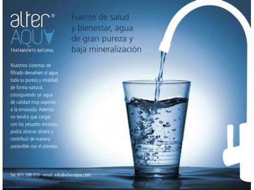 Agua pura, fuente de salud y belleza