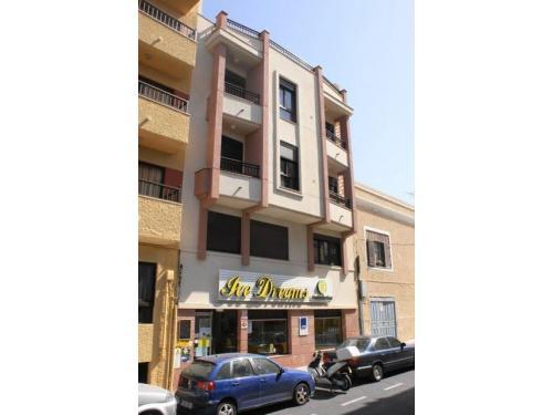 Edificio Irene con 6 Viviendas y Local Comercial, para Patrimonial Balcón de los Orobales S.L., en El Médano, Granadilla de Abona, Tenerife
