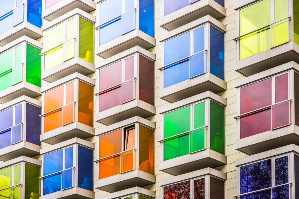 http://images.citiservi.es//business/9f/7a/43/org_0colorfulfacade5247141086016x4016.jpg