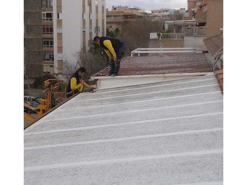 Sellado de juntas del tejado