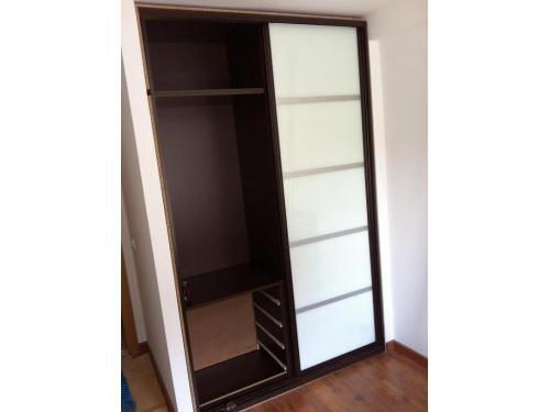 Puertas lacadas armarios empotrados y a medida tarimas - Tarimas y puertas ...