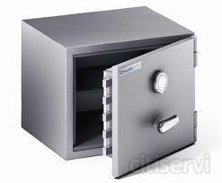 10% Descuento en la compra de la nueva caja fuerte módelo Cobra-36. Alto 390 x ancho 500 x fondo 440