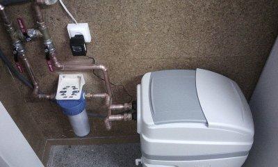 Venta e instalación de un descalcificador y depuradora de ósmosis compacta en su vivienda.  Donde podrá disfrutar de la calidad de agua en las duchas y un sabor óptimo sin necesidad de tener que preocuparse de comprar más agua, y reparar su lavadora o cal