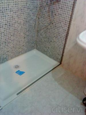Pintura y reforma en general, baño por 750€ cocina por 1200€ presupuestos economicos entregados en 24 horas Con el cambio de bañera por un plato de ducha, eliminamos las barreras arquitectónicas, facilitamos la comodidad, seguridad y accesibilidad