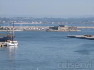 Piso con vistas al mar en la Avda de Linares Rivas