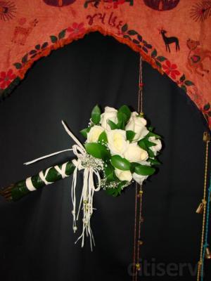 Composiciones florales originales y vanguardistas para bodas  La Pagoda Arte Floral os ofrece todas las flores de vuestra boda, es una empresa en constante evolución, influenciada por las más prestigiosas escuelas europeas, trabajando así desde lo m