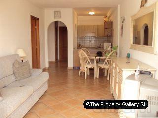 Se vende apto en Terrazas del Conde, Torviscas Alto; 1 dormitorio con terrazas y vistas del mar-B1165