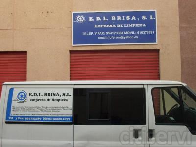 LIMPIEZA INCIAL Y ABRILLANTADO DE ENTREPLANTAS AL EMPEZAR EL SERVICIO