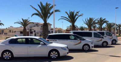 Transfers airport alicante to mil palmeras. 65€ Transfers mil palmeras to airport alicante. 65€ Car, 1 to 4 people.
