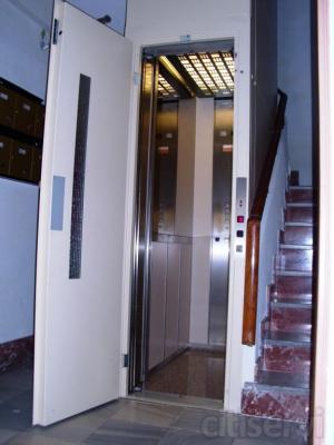 Instalación de ascensores en edificios existentes. Visita y presupuesto sin coste ni compromiso. Instalación
