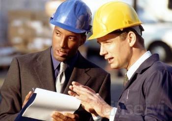 Para contratar los servicios de redacción del proyecto y de la documentación técnica necesaria para la ejecución de obra y la dirección de obra del Arquitecto, se descuenta los honorarios correspondientes al aparejador, arquitecto técnico o ingenier