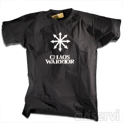 Camiseta Chaos Warrior para chico a 5€, iva incluido.   El Caos, como oposición al orden establecido... y los Chaos Warriors, sus más fieles seguidores.  · Impresión delantera. · 100% algodón. · Color negro. · Modelo unisex chico.