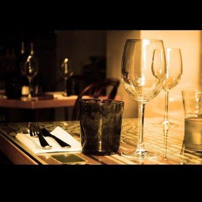 Le reservamos restaurante a su gusto y en la zona o alrededores. Somos conserjes expertos y queremos que usted quede satisfecho para que vuelva a repetir experiencia. ¡Bon appetit!
