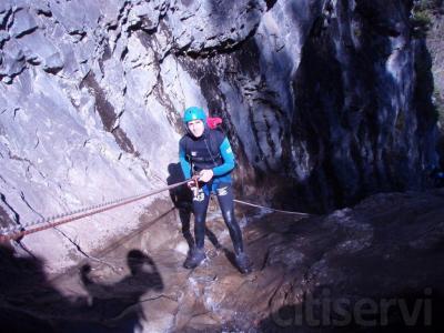 Descenso de Barrancos en Pirineos