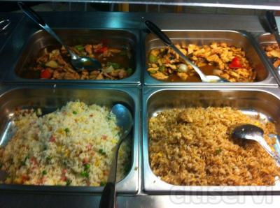 De Lunes a Viernes Mediodias: Buffet libre + wok de mariscos fresco por 7.90€, bebidas no incluidas en el precio.