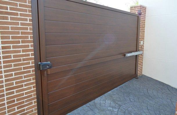 Ofertas de puertas metalicas promociones citiservi - Estanterias metalicas en cordoba ...