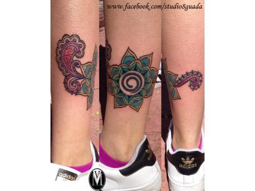 Tatuaje mandala a color