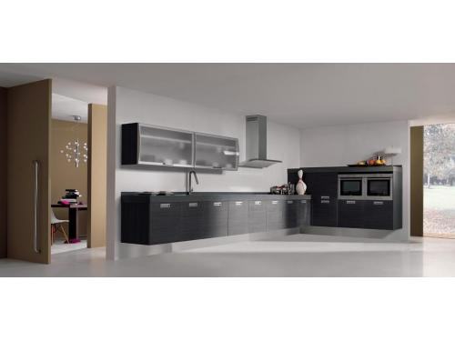 Composicion de Cocina en foormica mate con beta horizontal en color Wenguer y terminaciones en aluminio