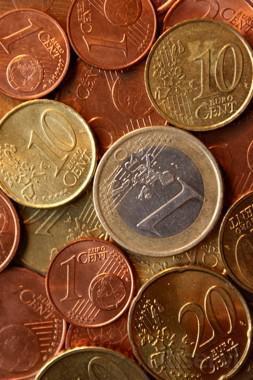 Si contrata nuestros servicios de ADMINISTRACION DE FINCAS antes del 31-03-20132, la cuota de los 3 primeros meses será bonificada con un 15% de descuento.  Pida presupuesto sin compromiso, no se arrepentirá.  Esta Oferta es acumlable a otras en vigor