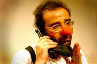 """MATRICULA ABIERTA - PRIMERA CLASE DE PRUEBA GRATUITA *  Son muy pocos los que saben qué es la """"clownerie"""", el arte del payaso. ¿Qué es un payaso? Un payaso no es una máscara de carnaval que cualquiera pueda vestir. El payaso es un actor sobresa"""
