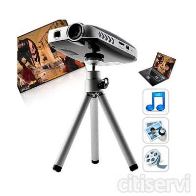 Disfruta con este mini proyector de bolsillo, capaz de enfocar imagen en alta deficinion 720P hasta 150.  Con sus multiples funciones, video, musica, fotos y ebook, podras recrear como y donde quieras tus contenidos multimedias sin problemas, adema