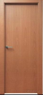 Puerta lisa en Haya-Roble-Cedro Batiente de 60 mm Tapeta 70 mm Pernios cromo satinado Picaporte cromo satinado Maneta dos modelo a escoger cromo satinado. Instalacion completa y retirar sus puertas antiguas incluido!!  220€/Unidad