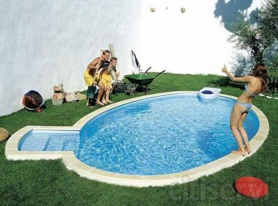Innovante, hyper économique à l'achat et à l'entretien, le concept Click'it démocratise les joies de la piscine accessible sans rien oublier de la qualité de fabrication qui a fait la réputation Desjoyaux.