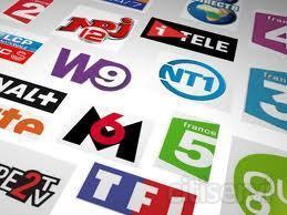 Receptor TNT France para que disfrute de todos los canales de su Pais.  TF1, France O,1,2,3,5, Gully, LCP, ARTE, BFM, Y muchos más!!!  La oferta incluye Receptor TNT FRANCE + Tarjeta Abonado 4 Años.