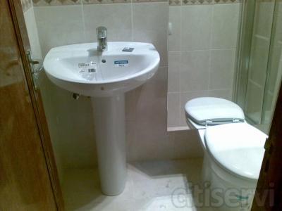 reformas de baños hasta 3m2,incluidos alicatado de paredes y sobrecolocacion de piso.sanitarios[wc,lavabo  P.Ducha ó Bañera]