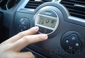 Revisamos y recargamos el sistema de aire acondicionado de tu vehículo por 69 Euros y de regalo un parasol de alta calidad.
