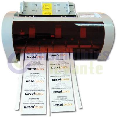 La Cortadora eléctrica de Tarjetas CTAR16 permite cortar tarjetas de manera rápida y sencilla. Corta tarjetas con un tamaño de 90 x 50 mm. a una velocidad de 30-40 tarjetas por minuto. Precio neto 144€ + iva. Formato del papel: A4 Tipo de corte: 90 x 50 m