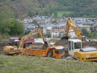 Buscamos Comerciales del sector obra pública, excavacion y demolición de edificios.