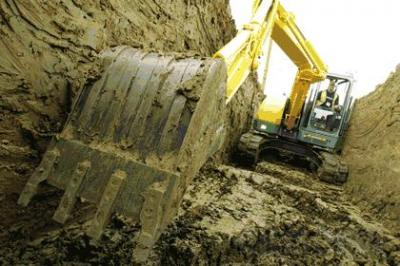 Nuestra experiencia, nos avala, y contamos con un equipo de profesionales que ofrecen el mejor servicio.  Excavaciones JM. PARDO, oferta sus servicios de retirada de tierras en vertedero autorizado para Madrid.