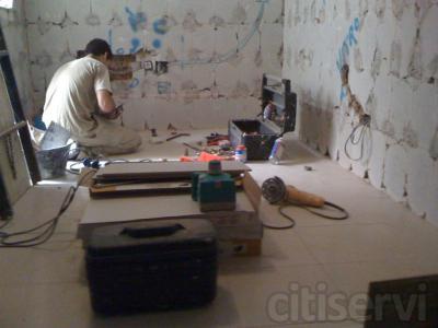 Reforme por completo su cuarto de baño por tan solo 2.400 euros todo incluido, instalacion electrica y fontaneria suelo y alicatado, sanitarios y griferias de marca Roca.