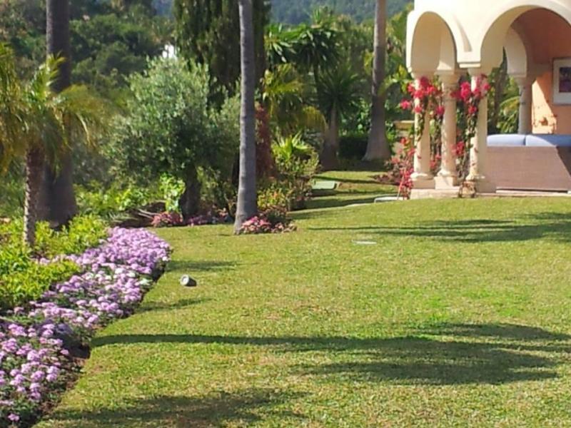 Floriano Jardinería y Piscinas